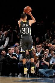 lebron james is always good at passing and all. Stephen Curry Nba Stephen Curry Stephen Curry Basketball Stephen Curry