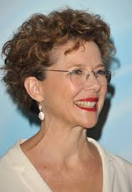 short curly hairstyle for women over 50 annette bening hairstyle