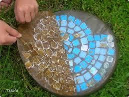 ... DIY Mosaic Tile Garden Stepping Stones 8