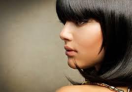 قصات شعر الغرة بحسب شكل الوجه Yasmina