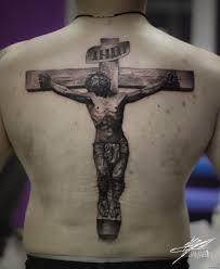 иисус на кресте тату на спине мужчины добавлено кирилл самарин