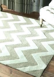 gray and white chevron rug grey and white chevron rug chevron area rugs grey and white