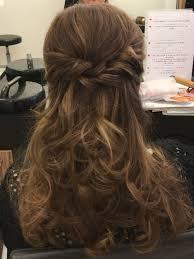 Curls Half Opgestoken Haar зачіски In 2019 Kapsel Lang Haar
