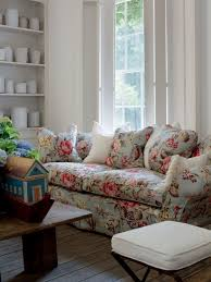 English Country Cottage Ironstone Floral Sofa Print  Chintz Updated Country Printed Fabric Sofas T75
