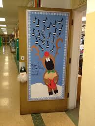 christmas office door decorating ideas mrknco christmas office door decorating ideas mrkn co aaron office door decorated