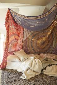 Diy Canopy Bed 10 Diy Canopy Beds To Make You Feel Like Youre On Safari