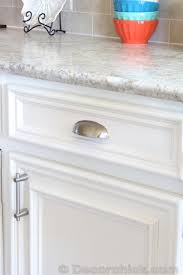 Image Formica Argento Decor Chick Kitchen Examples Of Laminate Counter Tops They Look Pretty Pinterest Laminate Countertops In Real Homes For The Home Pinterest