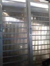 2 portas vidro correr 1,60x2,10 uma folha fixa e uma de correr com fechadura e ferragens. Porta De Correr De Ferro Usada Desapega