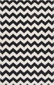 tips chevron zig zag rug black and white