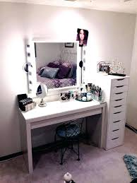 Vanity Tables With Lights Best Makeup Table Lighting The Design 4