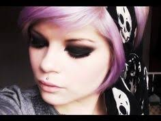 if only i could acplish this makeup without messing up