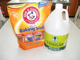 Foot-Soak-Using-Vinegar-and-Baking-Soda