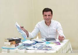 Selahattin Demirtas: Menschenrechtsgericht verlangt von Türkei Freilassung  von Kurdenpolitiker - Politik - Tagesspiegel