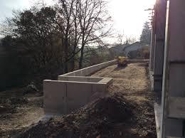 Terrasse Erde Und Beton Bauhaus Mit Kernhaus L Steine Beton Bauhaus