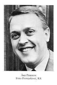K Åke Persson. Född:1932-02-25 – Hässleholms församling, Kristianstads län. Död:1975-02-05 – Gustav Vasa församling, Stockholms län. Jazzmusiker, Trombonist - 7125_7_029_00000097_0