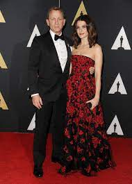 Rachel Weisz, 48, 'gives birth to first ...