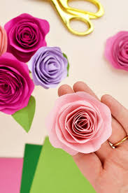 How To Make A Simple Paper Flower Bouquet Easy Diy Paper Flower Tutorial Paper Flowers Felt Flowers