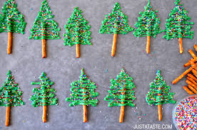 Pin It Chocolate Christmas Tree Cupcakes with Cream Cheese Frosting Recipe  from justataste.com