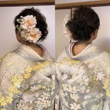 平原さんのヘアスタイル 髪飾りは親戚の方の手作り Tredina