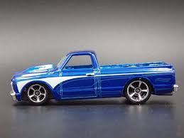 1967 CHEVY CHEVROLET C10 PICKUP TRUCK RARE 1:64 SCALE DIORAMA ...