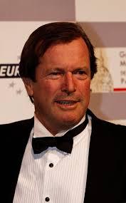 La légende du Dakar Hubert Auriol est décédée à l'âge de 68 ans -  L'Automobile Magazine