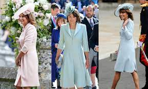 Carole Middleton Best Fashion Looks - Kate and Pippa Middleton's Mother Has  Great Style and Outfits
