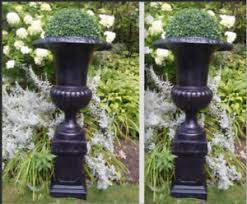 garden pedestal. beautiful pair of 40\ garden pedestal