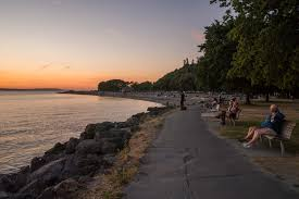 golden gardens park path by beach photo by tia international photography