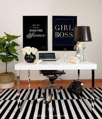 white office decors. 4d3f777f422feaee90dc55bde5cbf140 White Office Decors