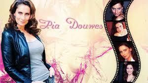 Weihnachten mit dir, top tracks: Pia Douwes Wallpaper By Ddxxcrew On Deviantart
