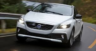 2018 volvo v40. contemporary volvo volvo said to debut xc40 compact suv in 2018 with volvo v40