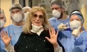 """Iva Zanicchi è guarita dal Covid e torna a casa: """"Ringrazio i medici, non  sono solo eroi, sono dei professionisti"""" - Radio 105"""