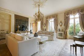 Victorian Living Rooms Luxurious And Bright Victorian Living Room In Paris With White