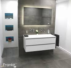 Badezimmer Weiße Fliesen Best Mosaik Fliesen Bad Travertin Silber