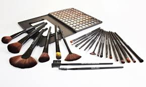 beauté basics 24 piece makeup brush set 25 99 for a beauté basics 24