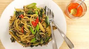 hot thai kitchen pad kee mao
