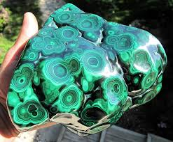 Malachite Ore For That Glass Weapon X Post From R Pics