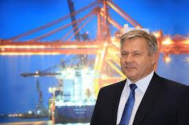 Adam Meller, Prezes Zarządu Morskiego Portu Gdynia S.A. Menedżerem 2019  roku! | Kurier Kolejowy