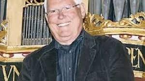 <b>Volker Hannemann</b> überzeugte an der Orgel. - 1102333907-341_008_1646657_tla_profvo-3Hef