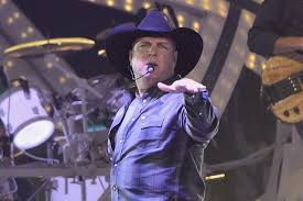 ticket sales records garth brooks breaks ticket sales records in oregon