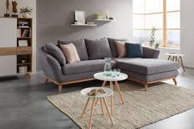 Wohnlandschaft In Grau Mit Holzrahmen Mömax Wohnzimmer In