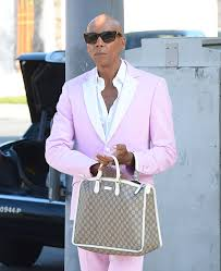 gucci bags for guys. the many bags of accessory-loving male celebrities-28 gucci for guys t