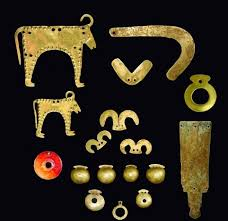 the oldest gold trere in the world dating from 4 600 bc to 4 200 bc found in varna bulgaria archaeological and ethnic finds ancient