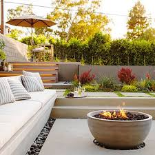 6 Super Cozy Outdoor Fire Pits To Keep You Warm All Season Long Modern Fire Pit