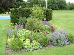 Small Picture Traditional Garden Design Hampshire Traditional Garden Landscaping