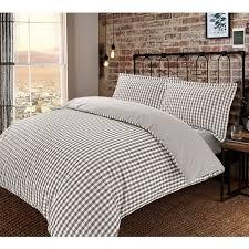 checked bedding print