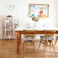 Badezimmer Mit Vintage Möbeln Und Leuchten Auch Zubehör Kuchedekoinfo