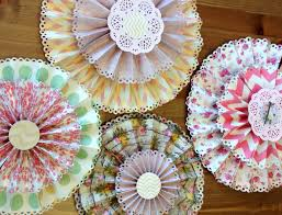 the paper rosettes that i ve been making for my banners and cards so i thought this would a great diy tutorial project plus any chance to be crafty is