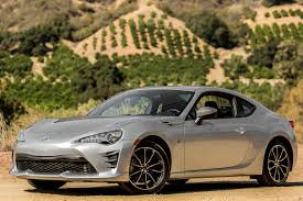 The 2017 Toyota 86 Feels Naked Without Its TRD-Tailored Clothes ...
