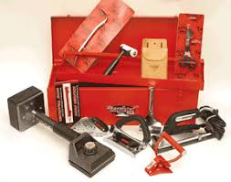 carpet installation tools list. complete kit of the most frequently used tools for carpet installation. costs less than purchasing individually. includes 1 each following installation list